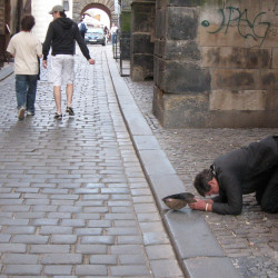 Poverty and Debt in Czech – The Parameters of Social Policy